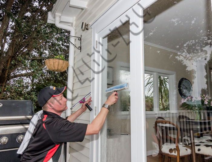 Exterior Window Cleaning The House Building Wash Company